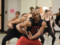 Desmond-Richardson-leads-a-contemporary-master-class-(photo-by-Jeff-Strout)